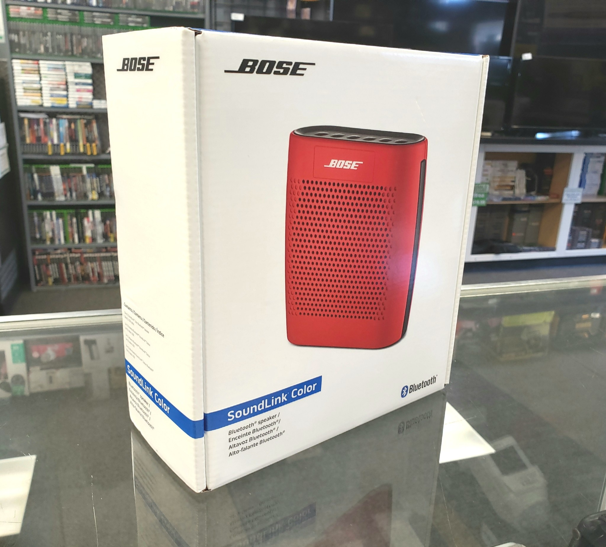 New In Box - Bose SoundLink Color - Red