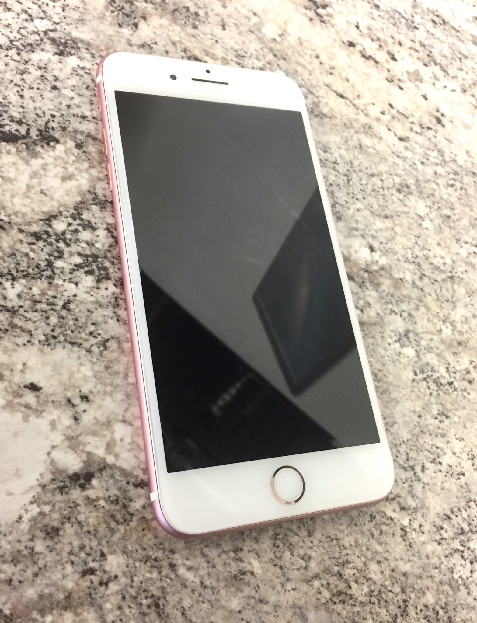 T-Mobile/MetroPCS - iPhone 7 Plus - 32GB - Rose Gold