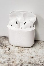 Apple Airpods 2 w/ Wireless Charging Case - Used