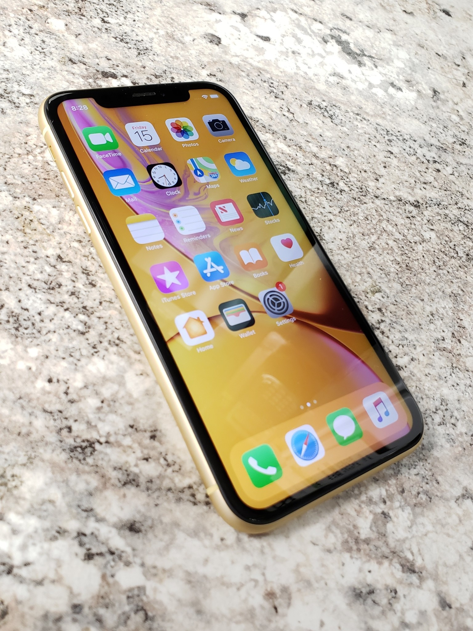 Unlocked - iPhone XR - 128GB - Yellow