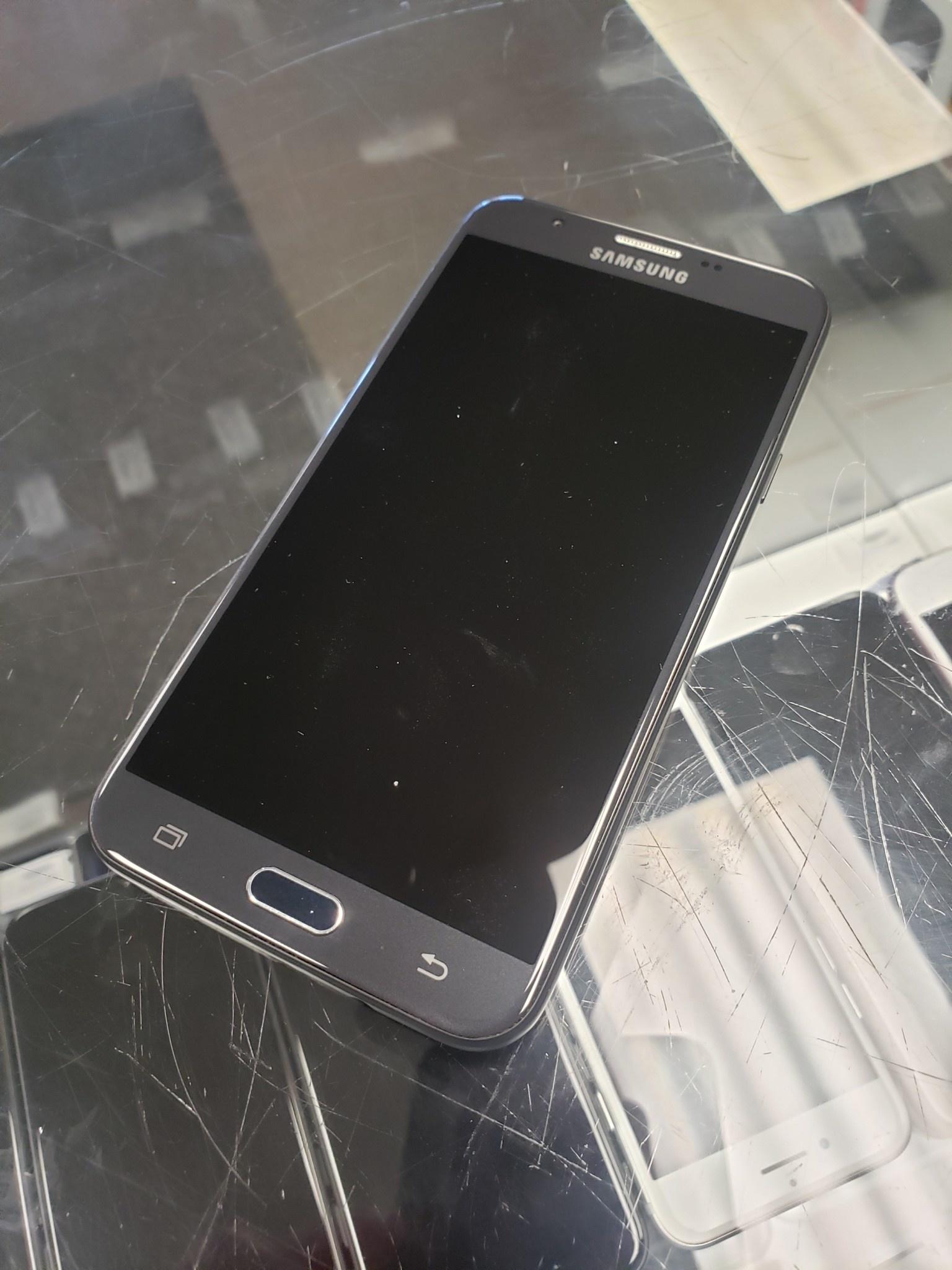 Metro PCS - Samsung Galaxy J7 Prime - Black