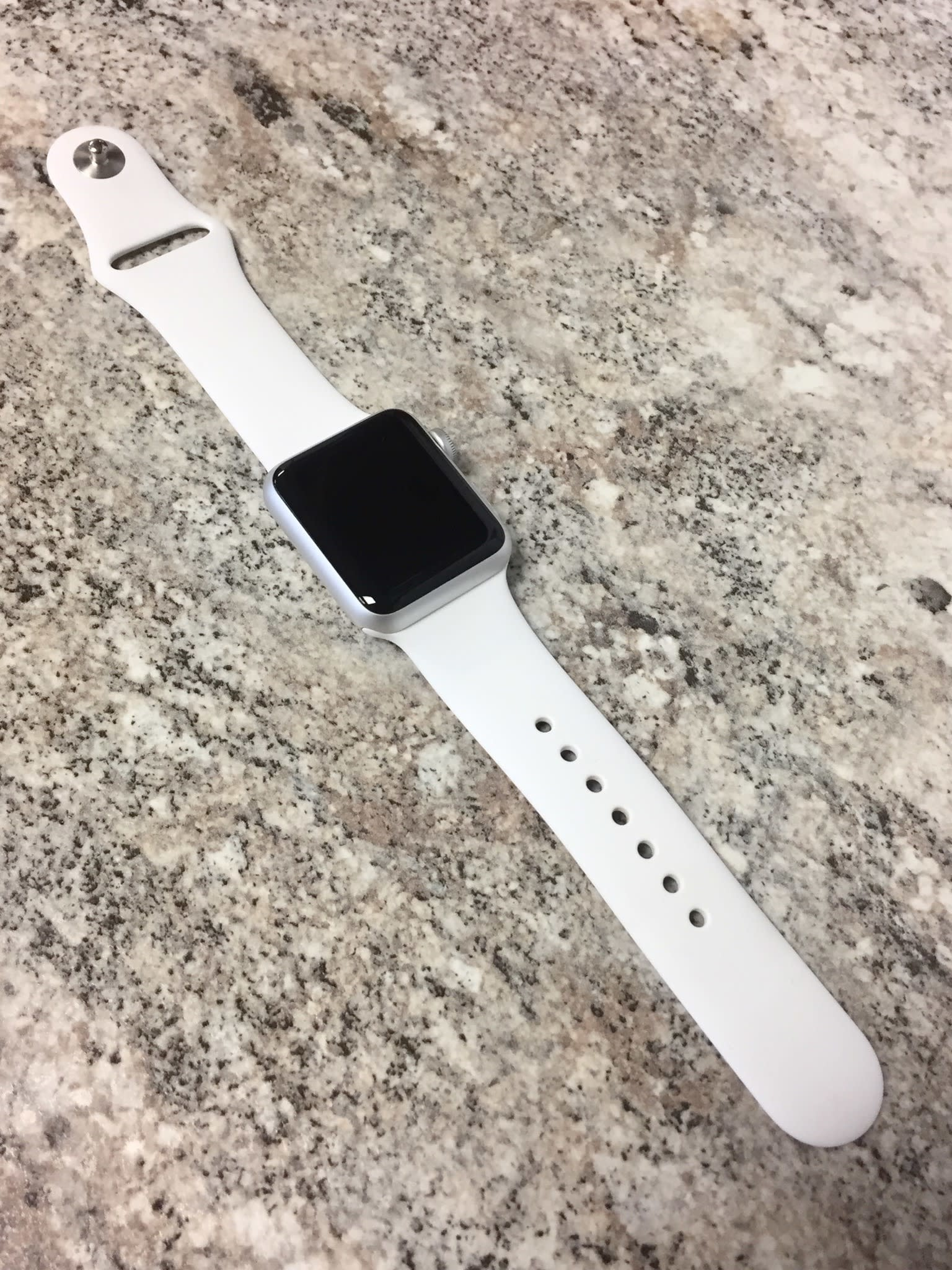 Wifi - Apple Watch Series 3 - 42mm - Silver Aluminum - White M/L Band