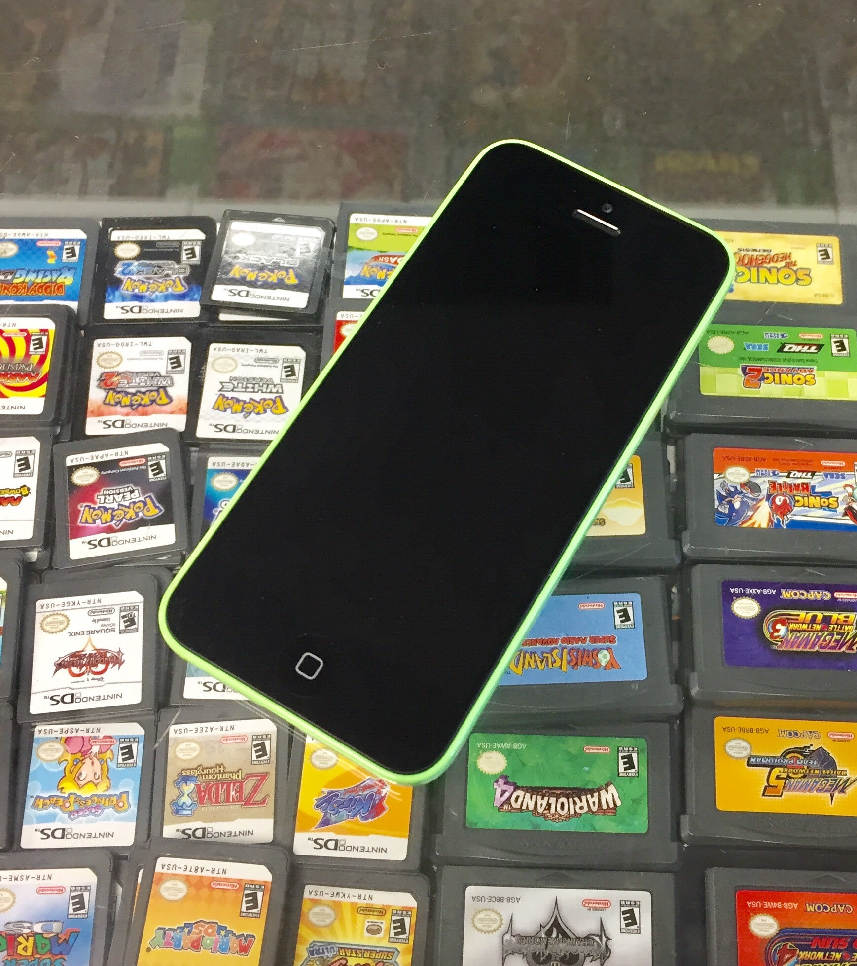 Unlocked - iPhone 5c - 8GB - Green
