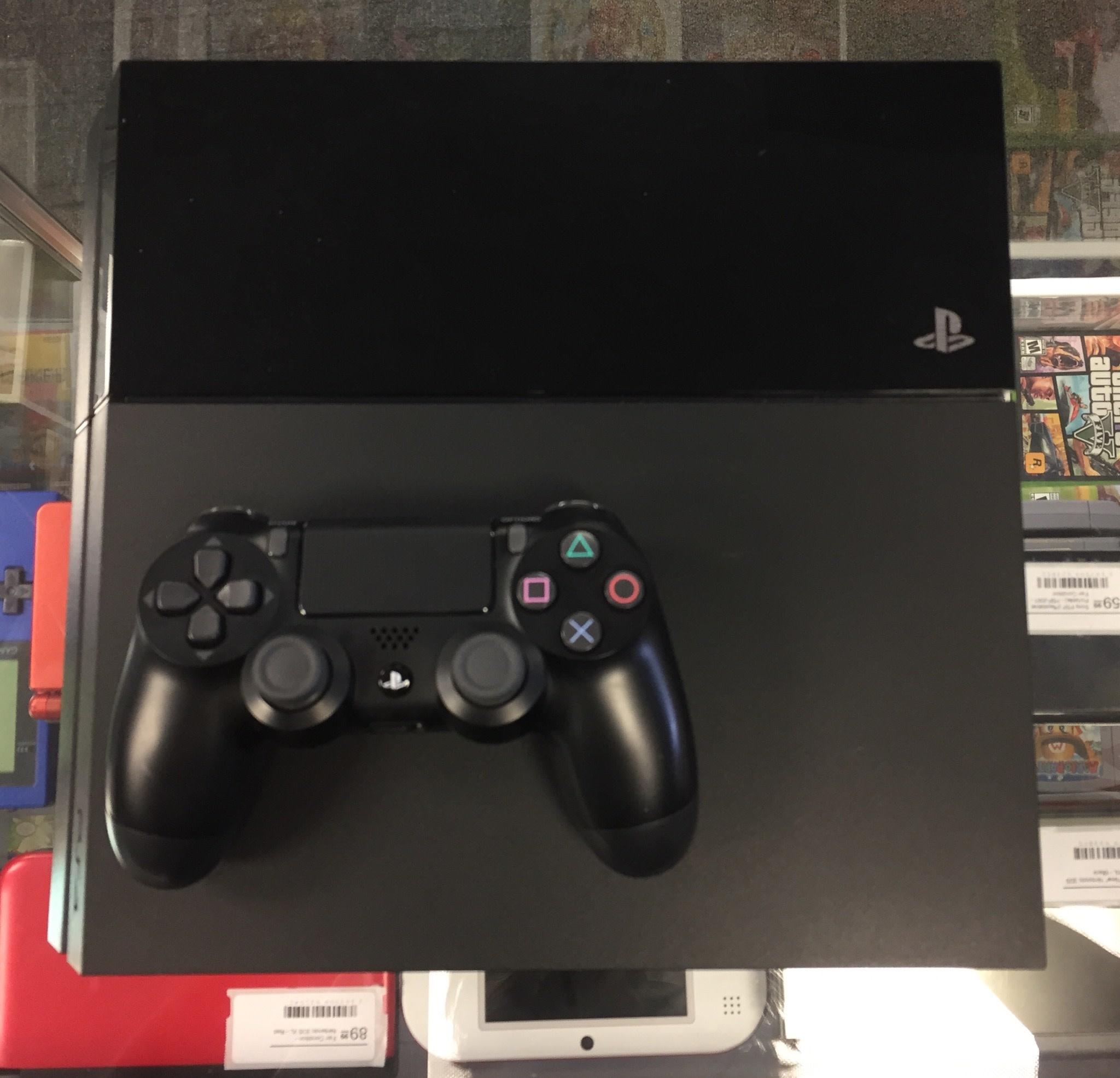 Used - Original Sony PlayStation (PS4) - 1TB
