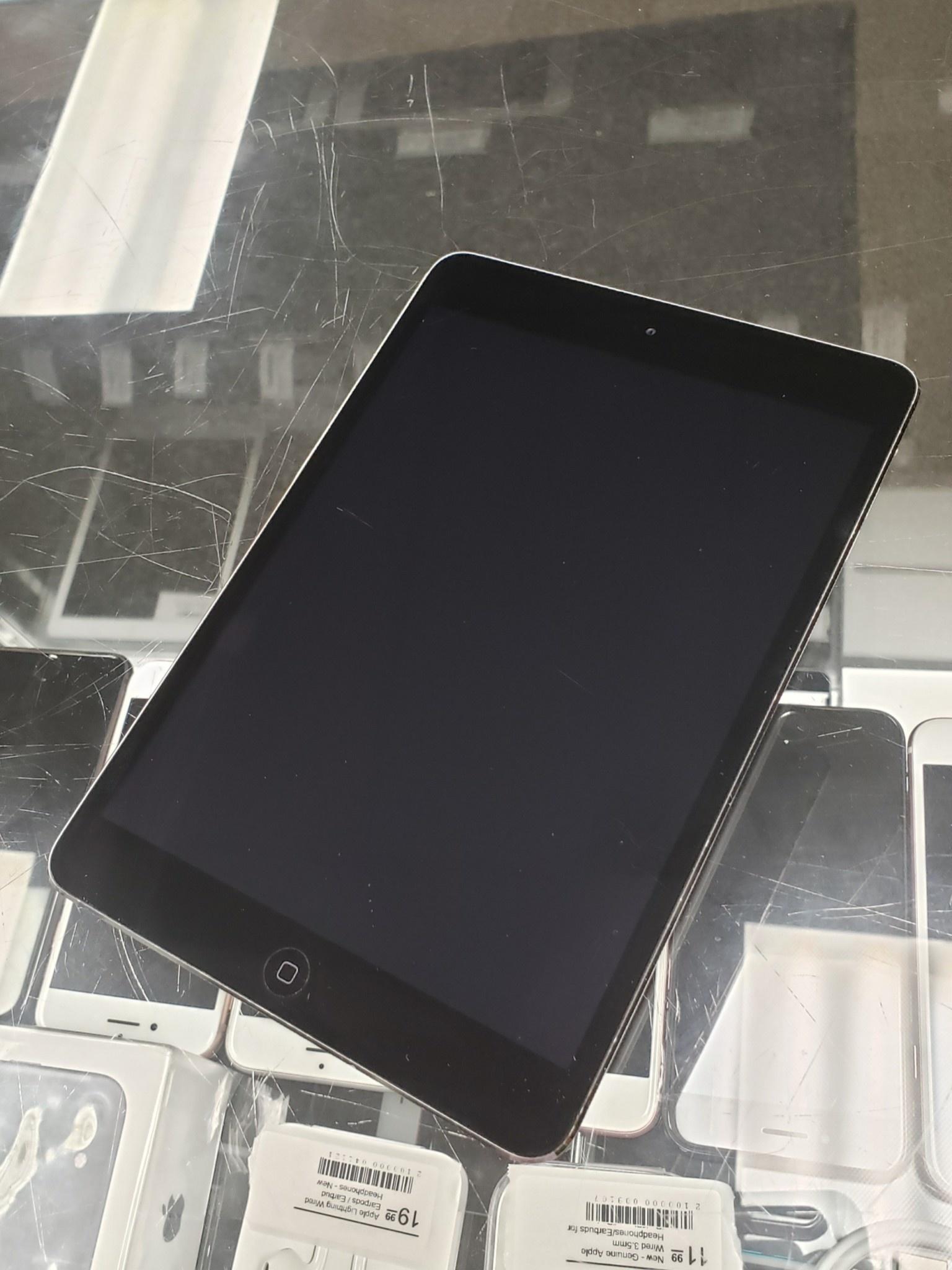 iPad Mini 2nd Gen. - 16GB - Space Grey / Black - Fair Condition