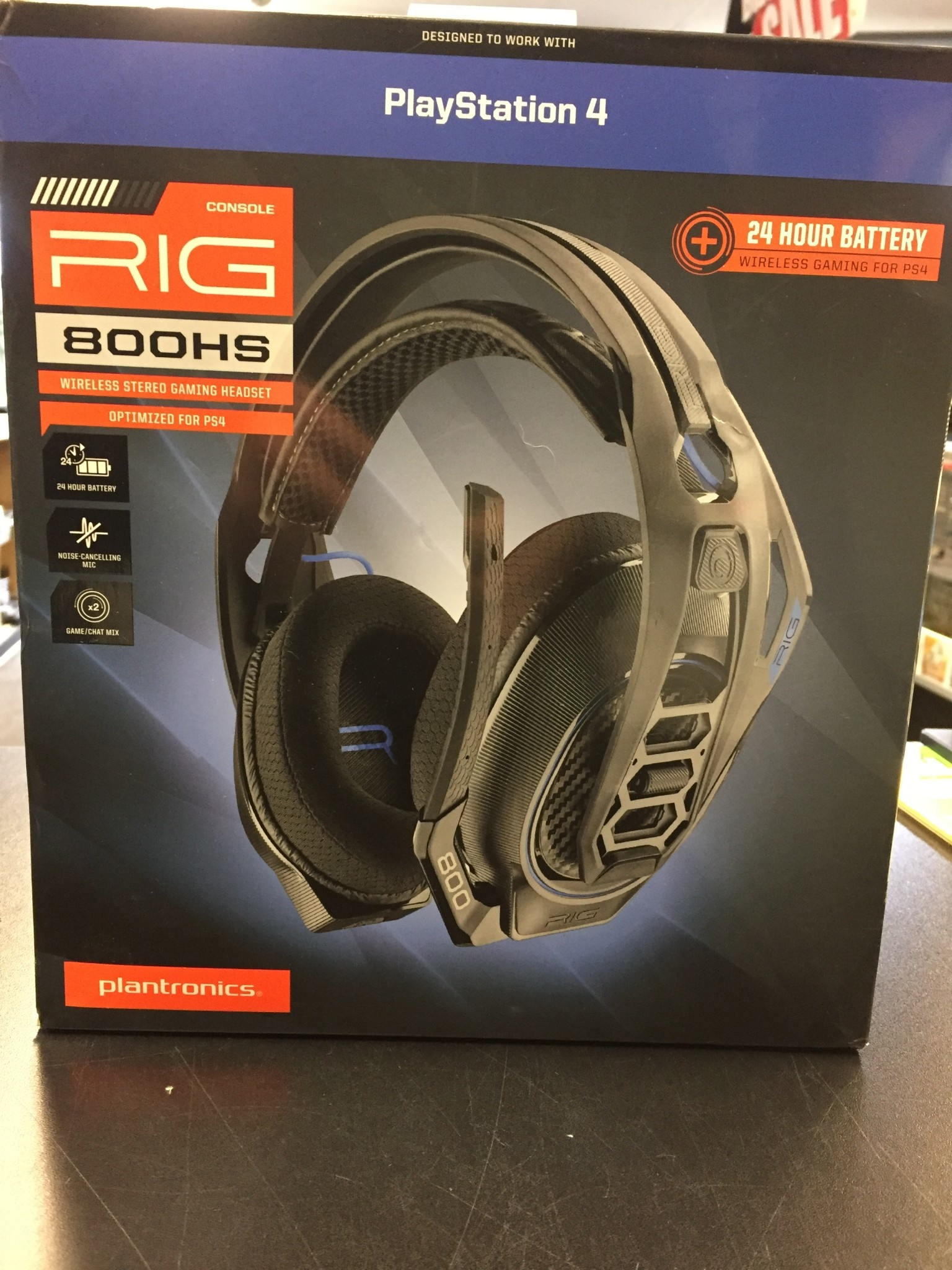 New - Plantronics - Rig 800HS - Wireless Gaming Headset - PS4