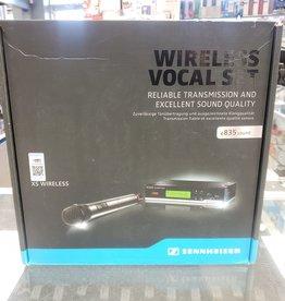 Sennheiser XSW 35-A XS Wireless Vocal Set - E10 True Diversity Receiver - Pre-Owned