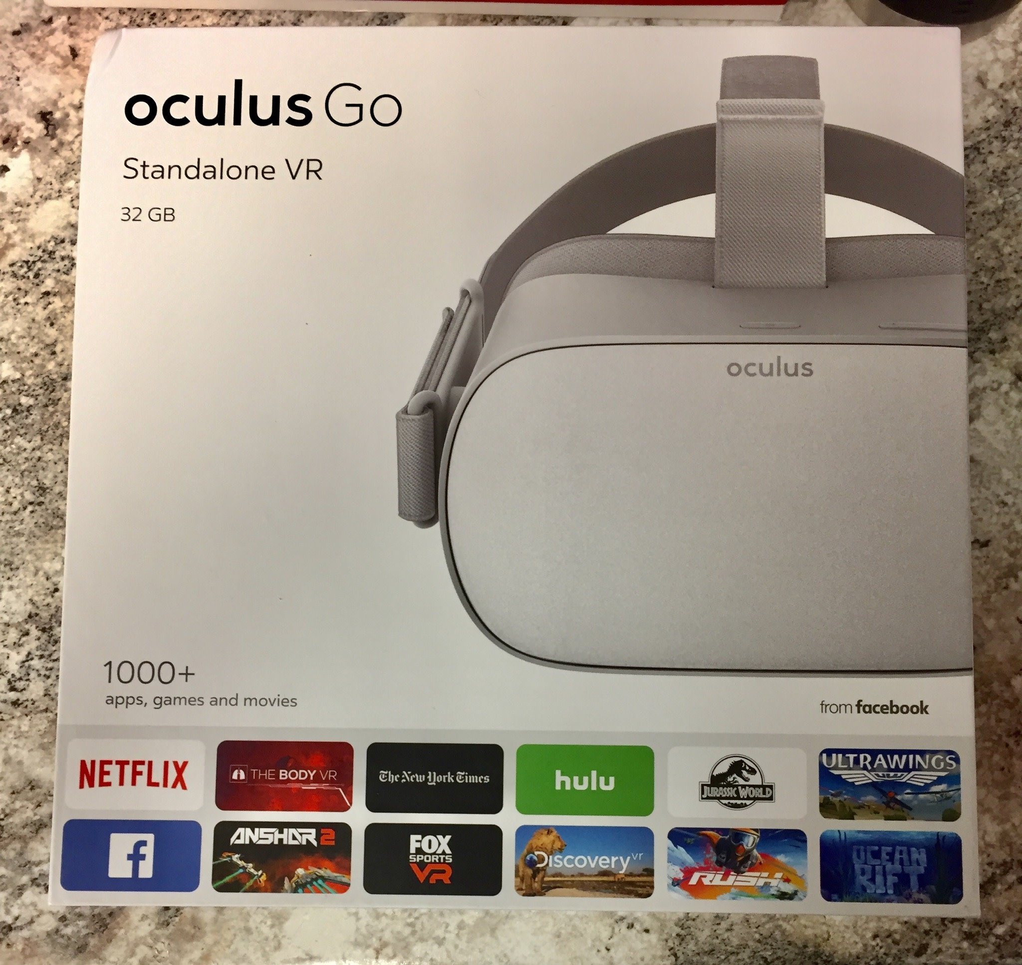 Oculus Go Standalone Virtual Reality Headset - 32GB - Gray - Pre-Owned
