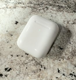 Apple Airpods Wireless Charging Case - Pre-Owned