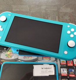 Nintendo Switch Lite - Turquoise Blue - Pre-Owned