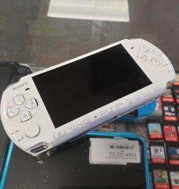 Sony PSP Slim - Model 3001 - White