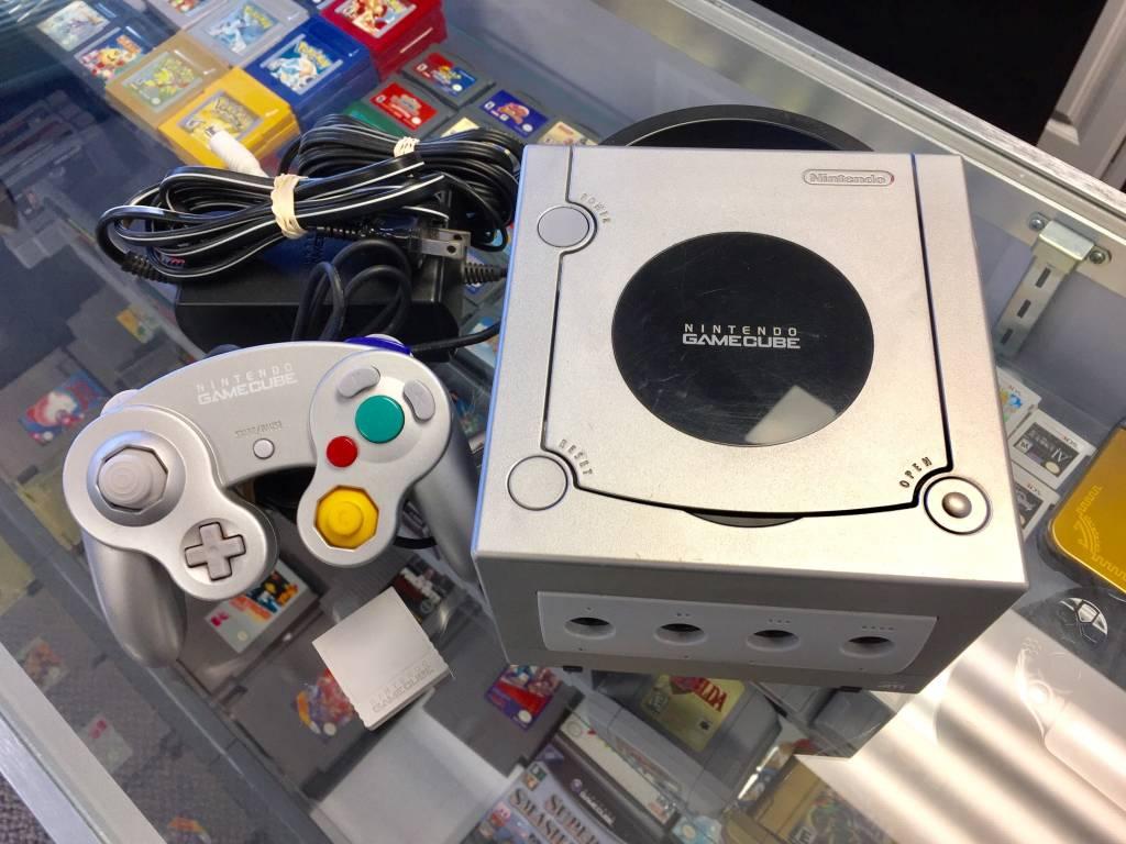 Nintendo Gamecube Console Silver/Platinum System w/ Memory Card
