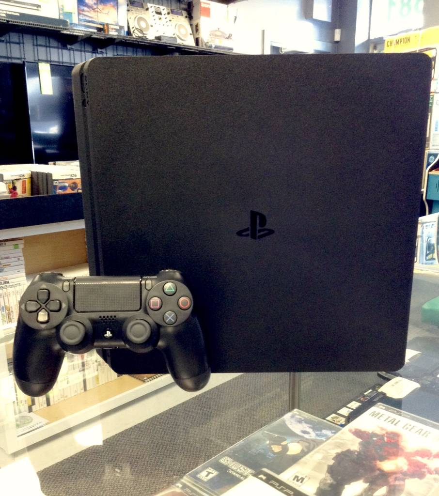 Sony Playstation 4 (PS4) Slim 500GB - Console System - CUH-2015A