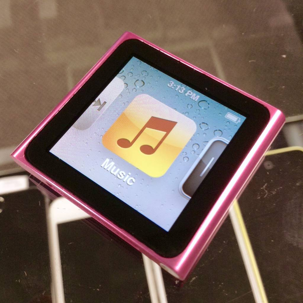Apple iPod Nano 6th Generation Clip - 8GB - Pink - PayMore ...