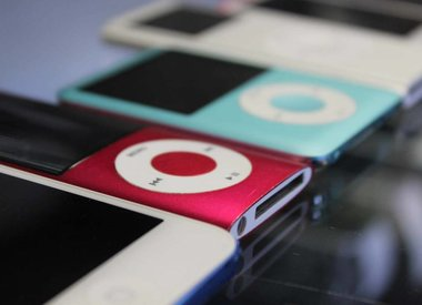 Apple iPods & Mp3 Players