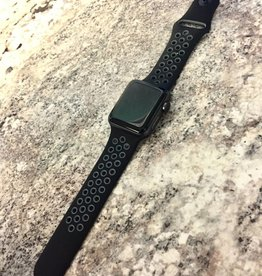 Apple Watch Series 2 - 38mm - Nike + Black  Band - Fair