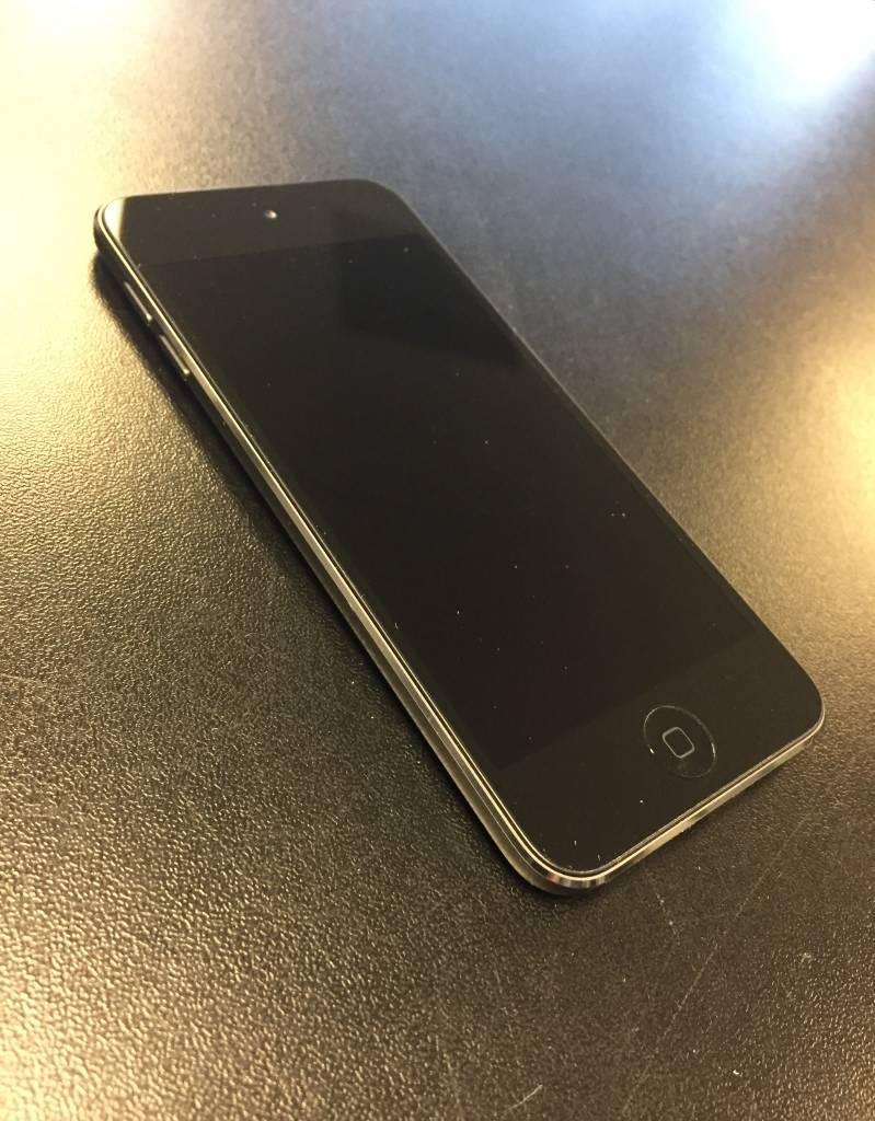 iPod Touch 5th Generation - 64GB - Dual Camera - Black