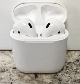 Apple AirPods - Wireless Bluetooth Earbuds  - Used