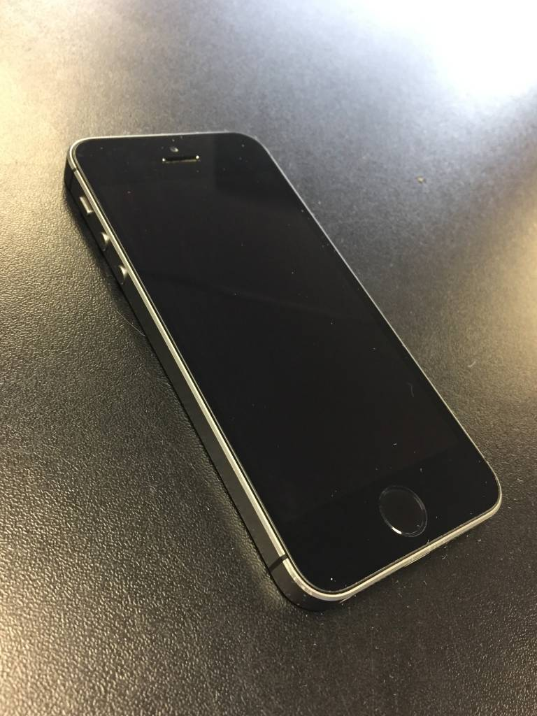 Sprint/Boost Only - iPhone SE - 32GB - Space Grey