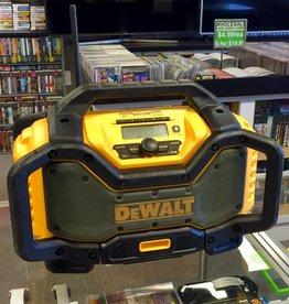 Dewalt DCR205 Jobsite Radio w/ 20V Battery Charger