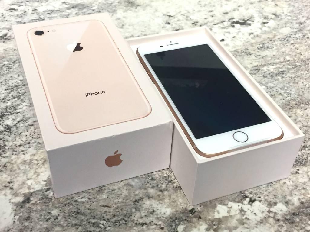 Unlocked - iPhone 8 - 64GB - Rose Gold