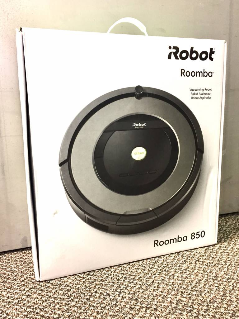 Brand New - iRobot Roomba 850