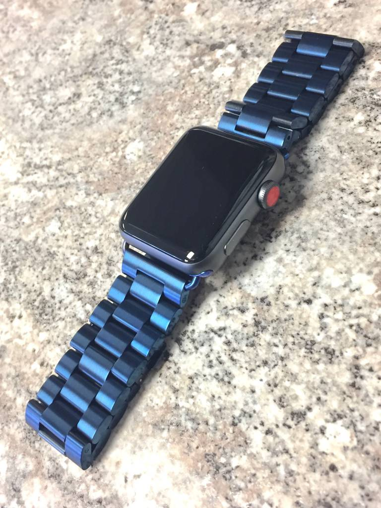4G/GPS - Apple Watch Series 3 - 42mm - Non-Genuine Metal Band - Apple Care 3/4/19