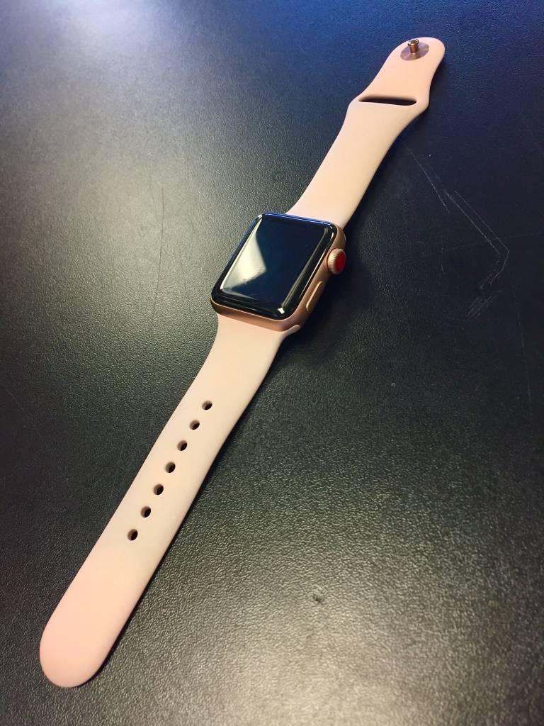 4G/GPS - Series 3 Apple Watch - 38mm - Rose Gold - Fair