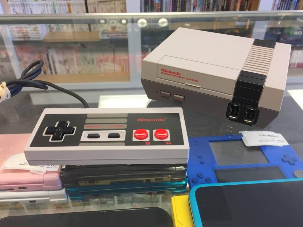 Nintendo NES Classic Mini Console - Used