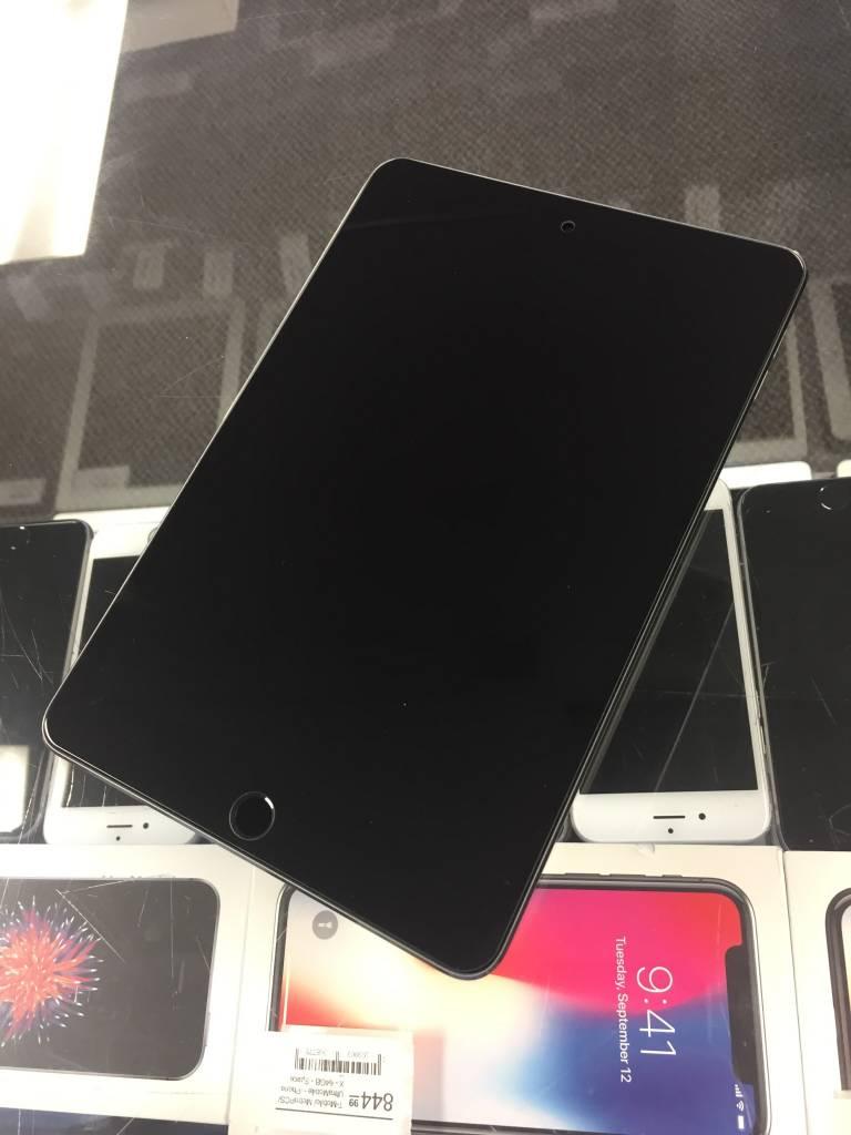 Apple iPad Mini 4th Gen - 128GB - Space Grey - Apple Care