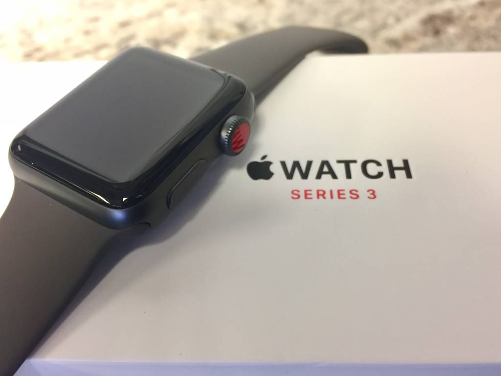 4G/GPS - Apple Watch Series 3 - 38mm - Grey -
