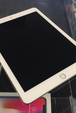 4G Unlocked - iPad 6th Gen. - 32GB - White/Silver - Fair