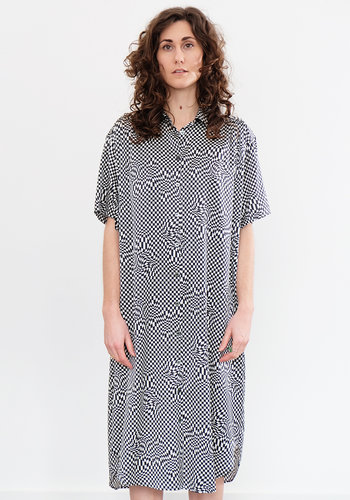 6397 Silk Pyscadellic Shirt Dress