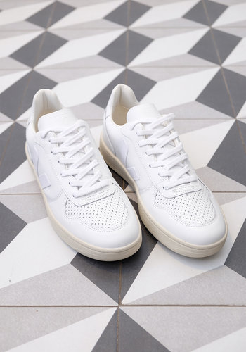 Veja Men's V-10 Leather Sneaker