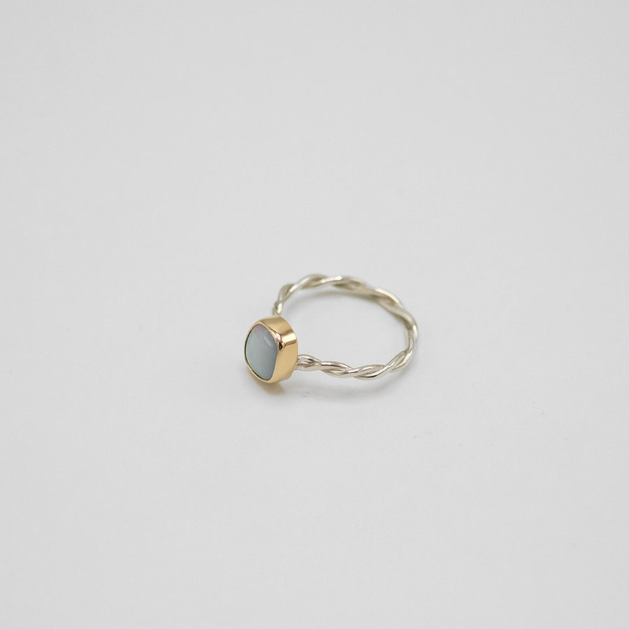Gold Set Opal Link Ring