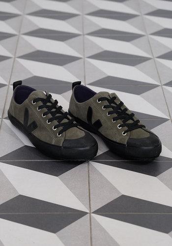 Veja Nova Suede Sneaker