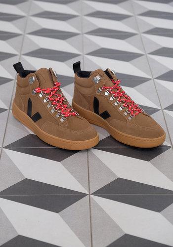 Veja Roraima Suede Sneaker