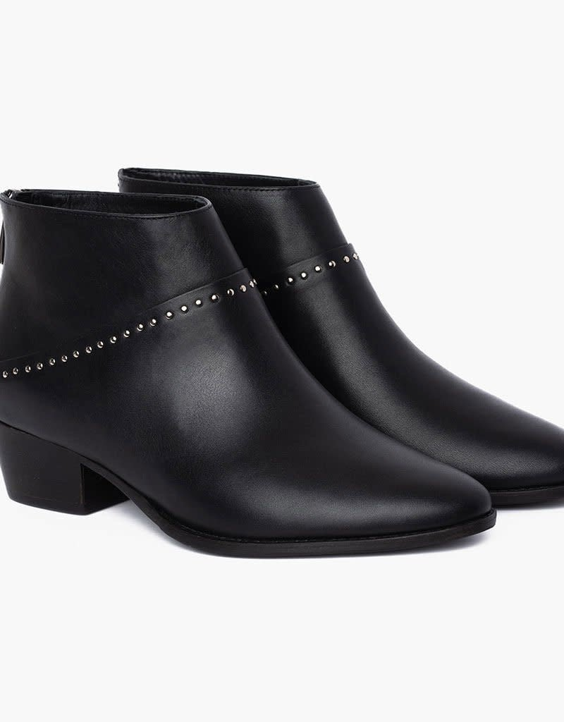 Thursday Boots Black Rein Boot