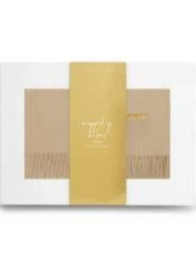 Katie Loxton Wrapped Up in Love