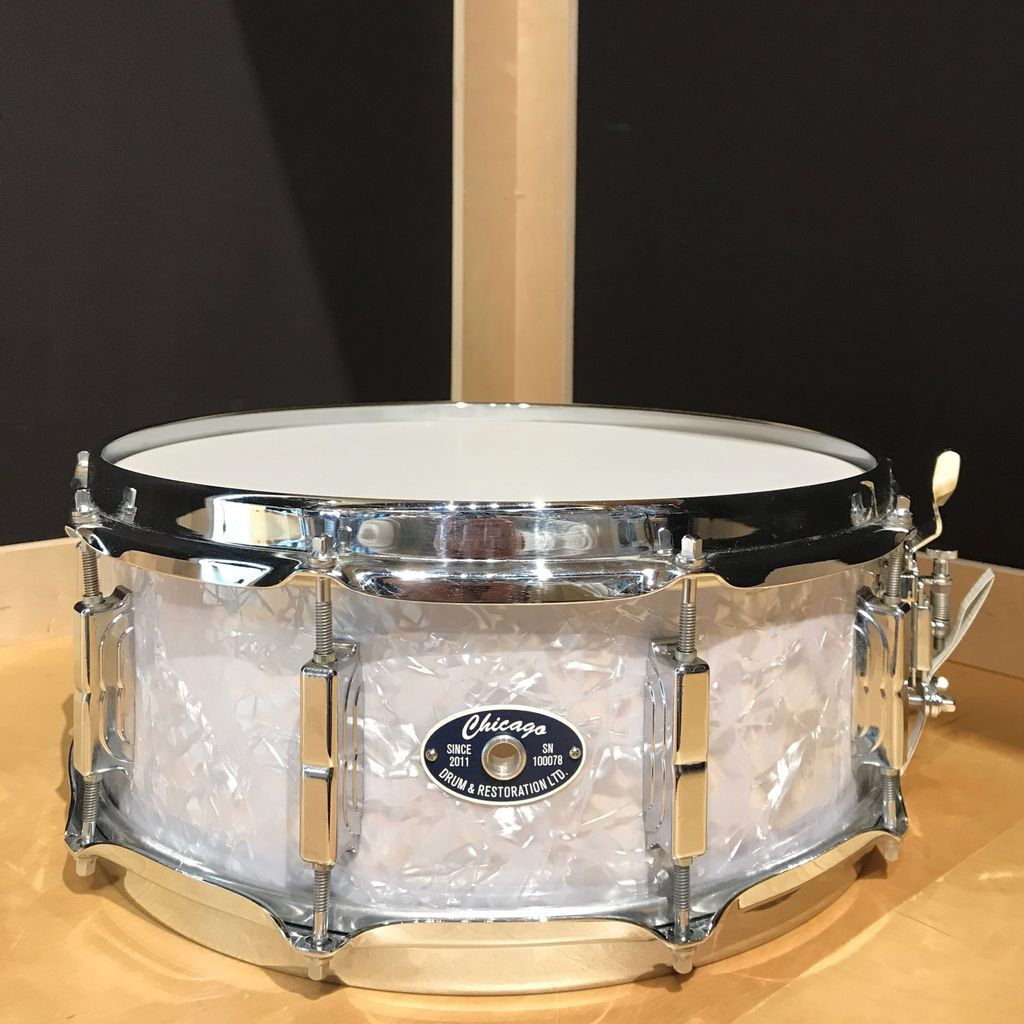 used used chicago drum and restoration white marine pearl snare drumvic 39 s drum shop. Black Bedroom Furniture Sets. Home Design Ideas