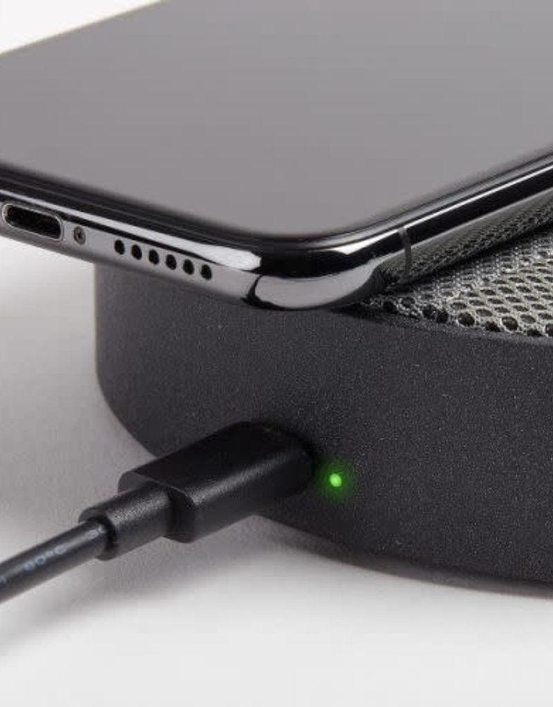 Lexon Lexon Oslo Energy Charging Pad & Bluetooth Speaker