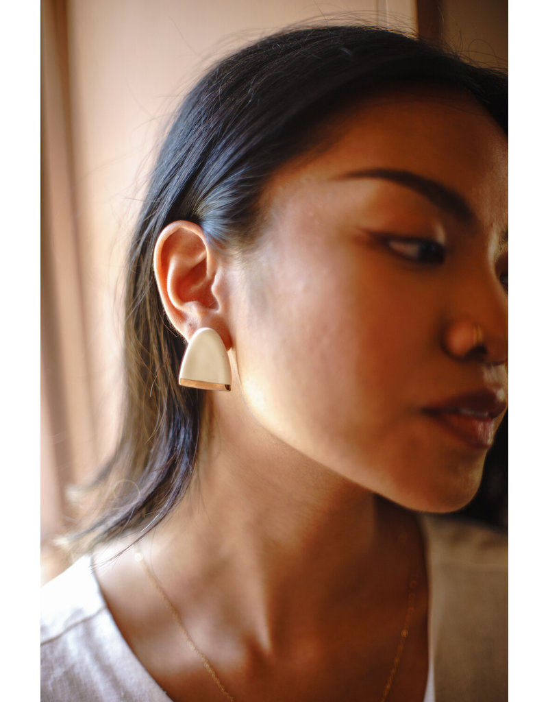 Zoe Comings ER239 Large Dome Studs