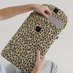 Baggu Baggu Puffy Laptop Sleeve Honey Leopard 16""