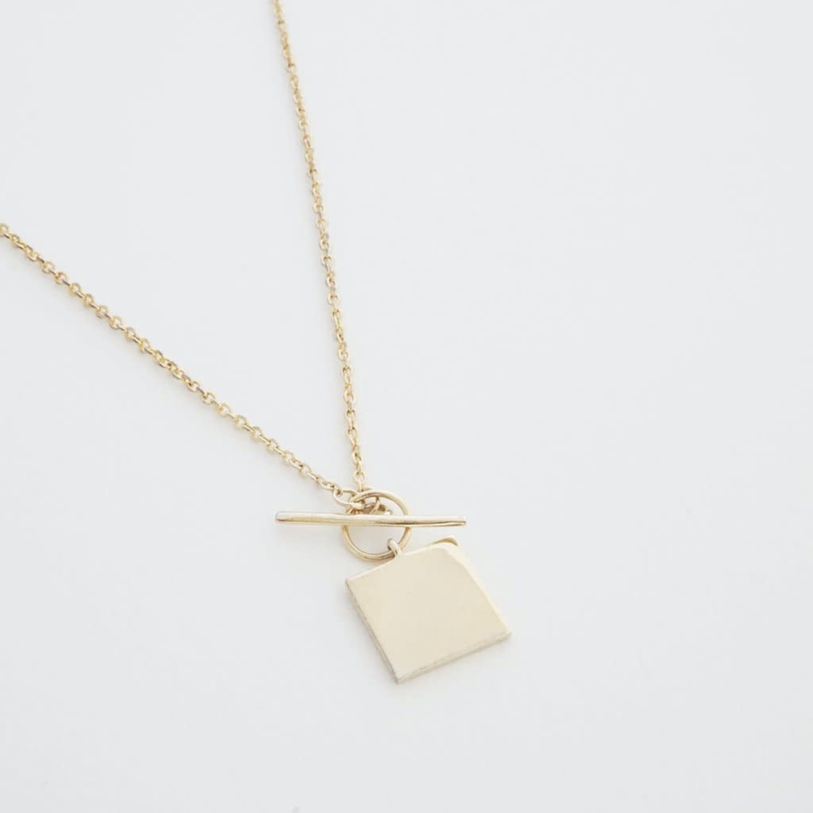 Honeycat Jewelry Honeycat Gwyneth Toggle Necklace
