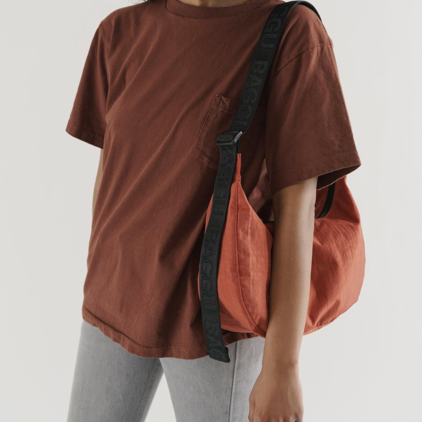 Baggu Baggu Medium Nylon Crescent Bag Sienna