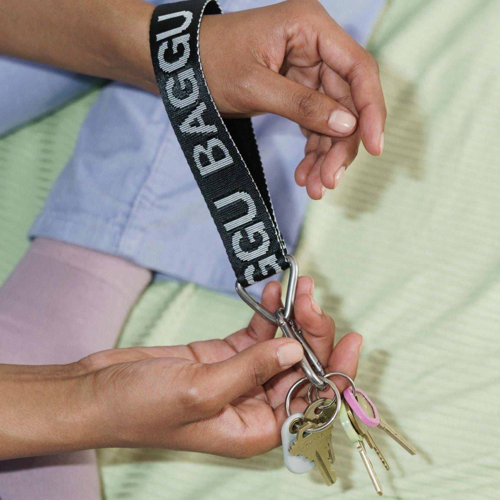 Baggu Baggu Logo Keychain