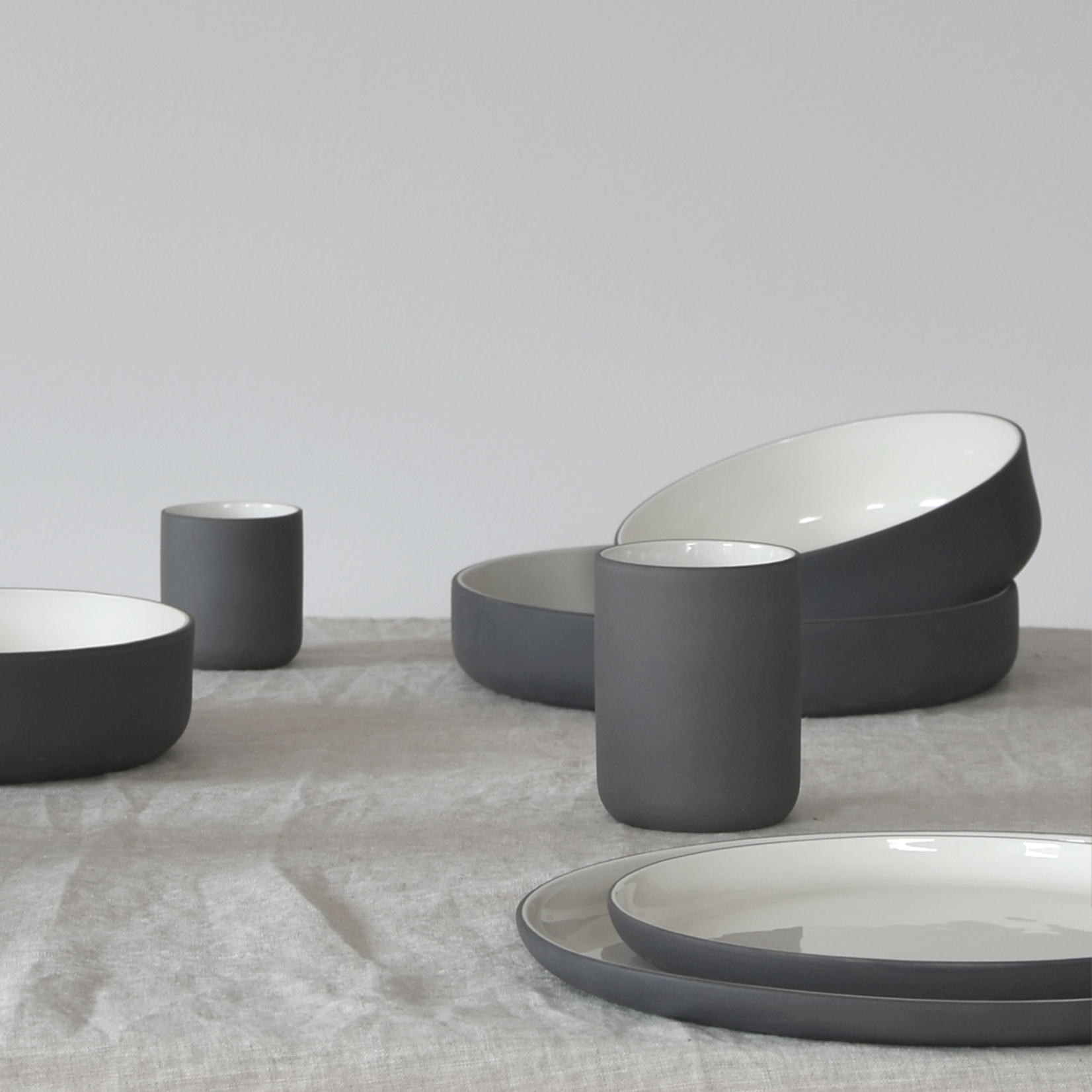 "Archive Studio Archive Studio Handmade Plate 10"" Dark Grey"