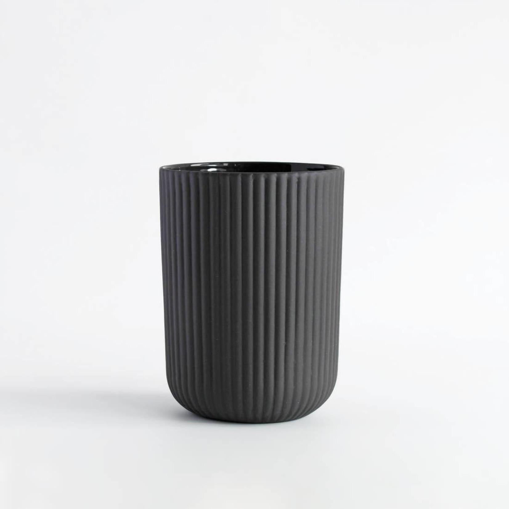 Archive Studio Archive Studio Handmade Coffee Cup Ribbed Dark Grey