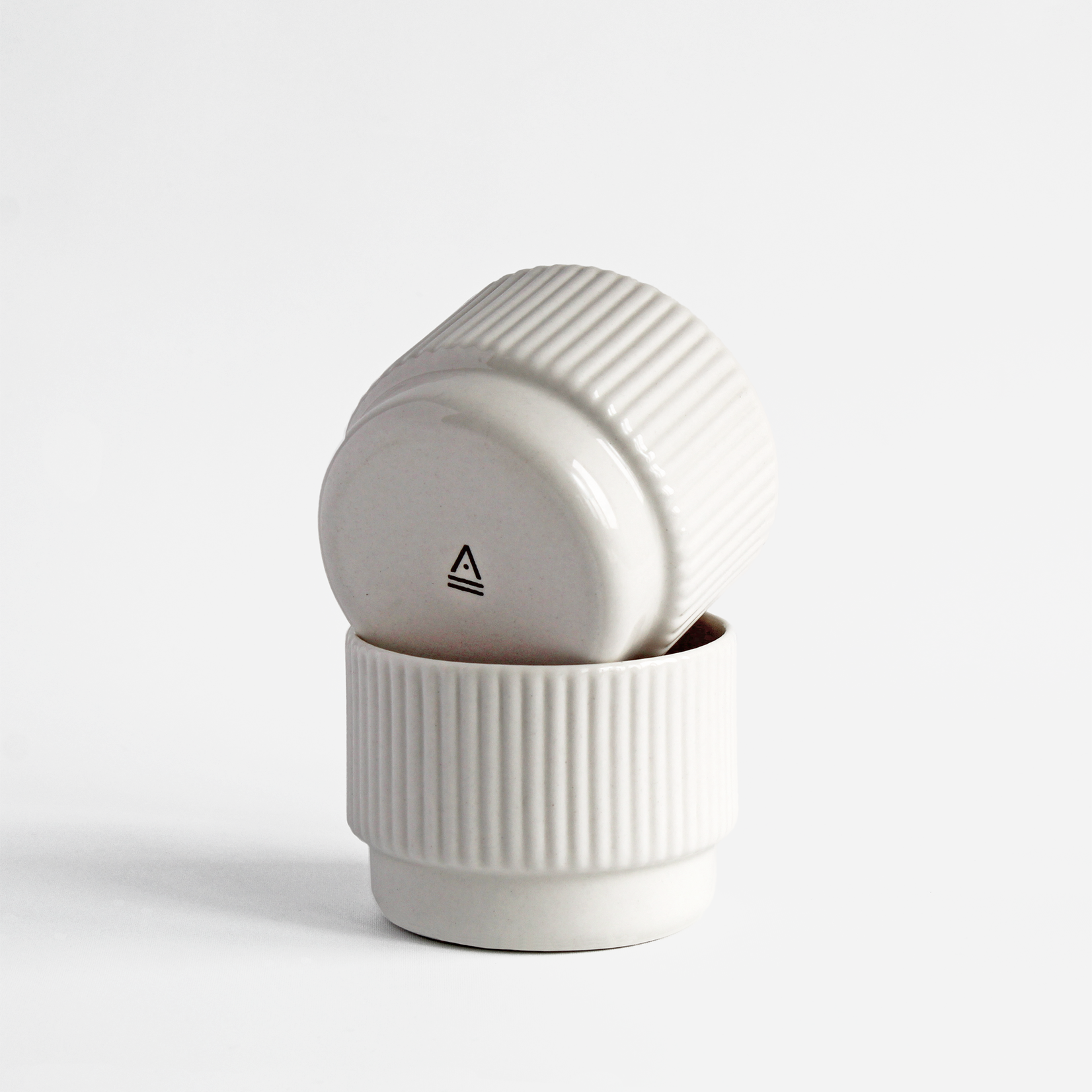 Archive Studio Archive Studio Handmade Cappuccino Cup Ribbed White