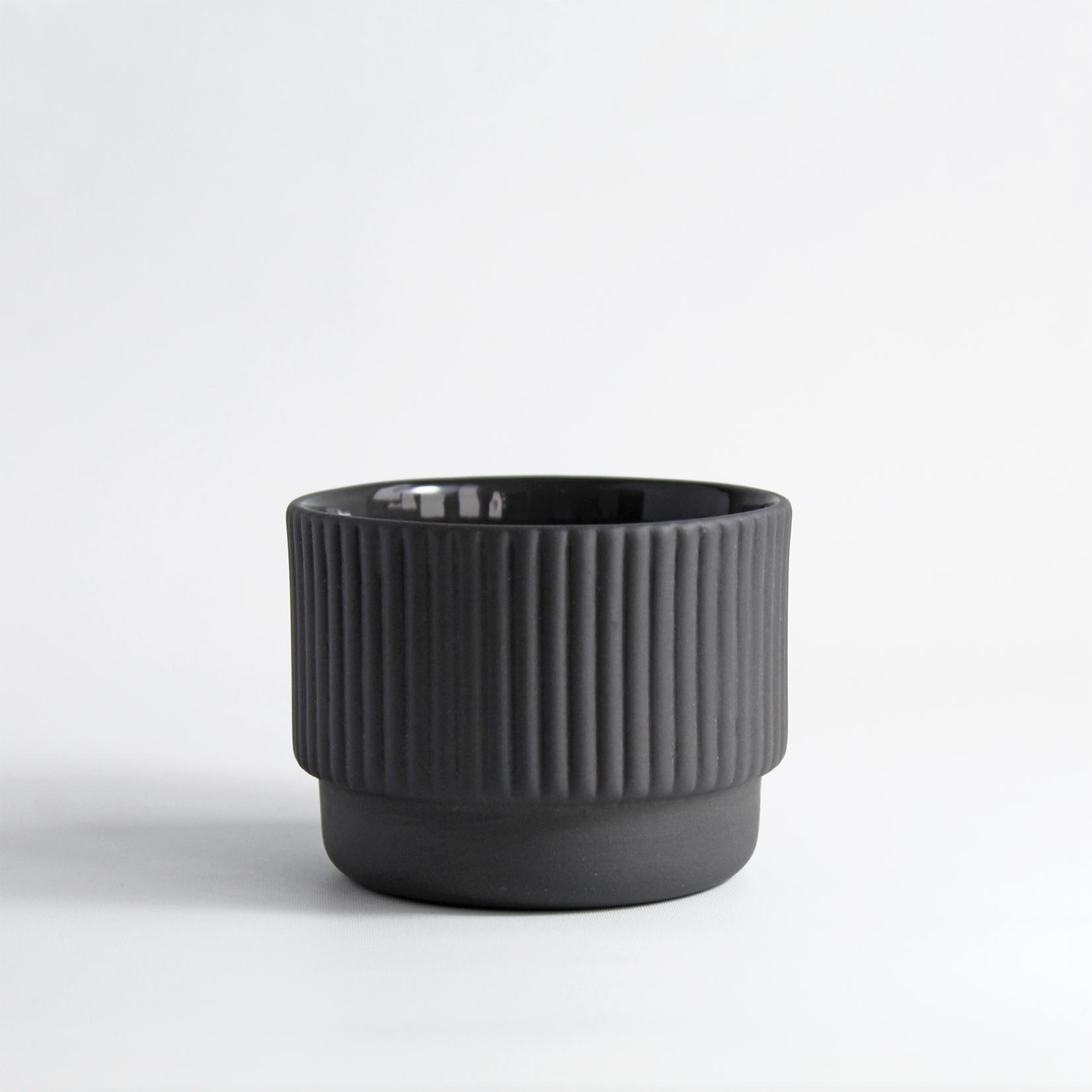 Archive Studio Archive Studio Handmade Cappuccino Cup Ribbed Dark Grey